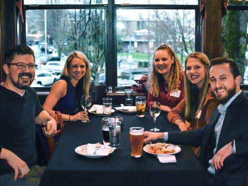 Spring Mixer 2018: Members enjoying some relaxed networking time.